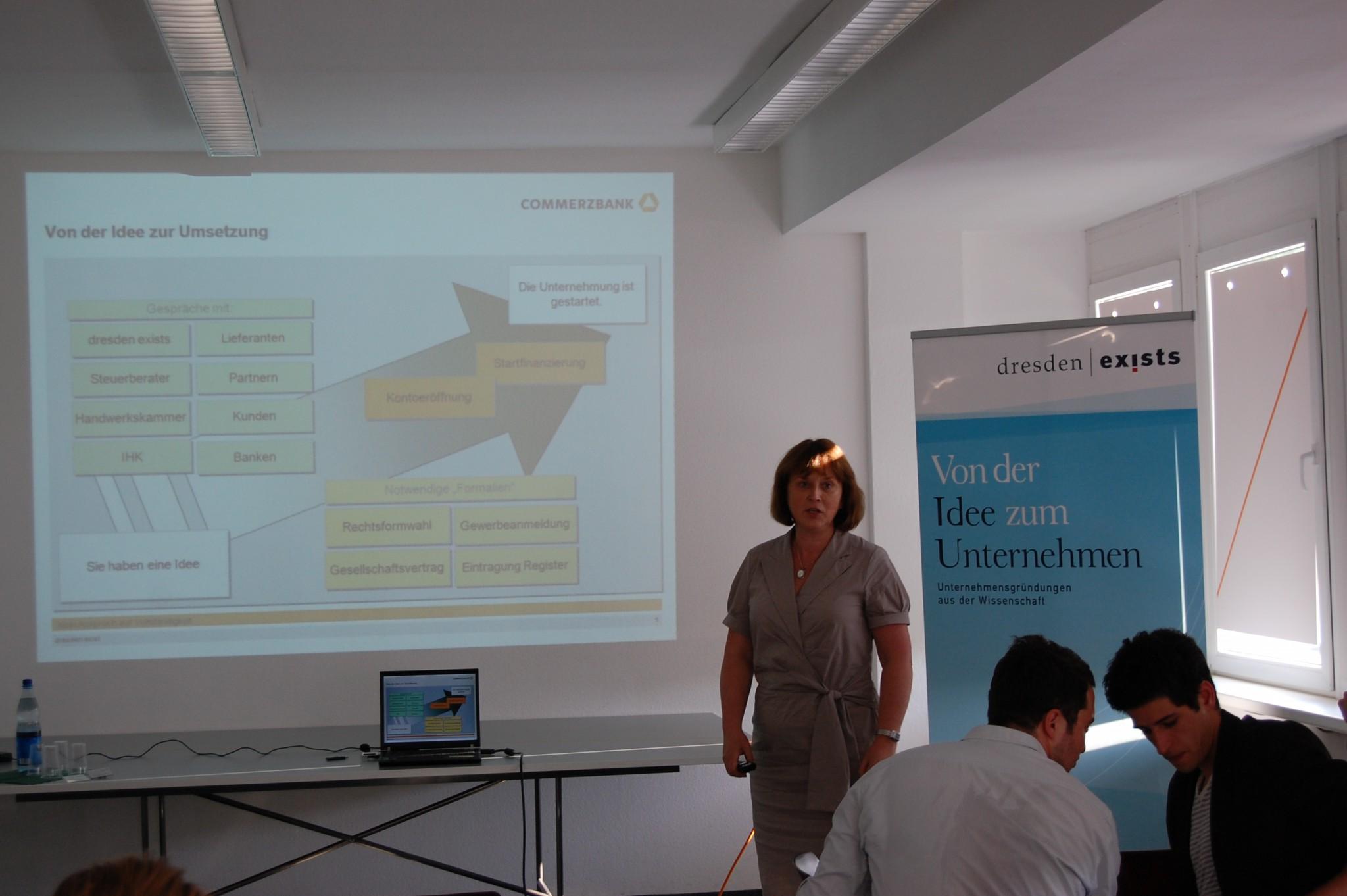 Frau Dr. Drieselmann von der Commerzbank AG stellte sich den Fragen der Gründungsinteressierten