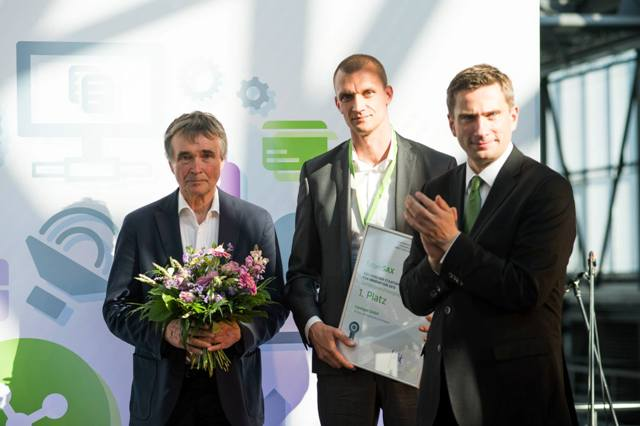 Das Dresdner Biotech-Startup Lipotype gewinnt den Sonderpreis Emerging Industries. (Foto: futureSAX.de / Fotograf: Christian Schneider-Broecker)