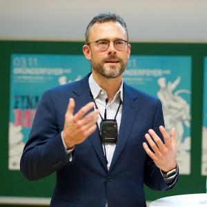 Hauptreferent Karl Matthäus Schmidt, Gründer und Vorstandsvorsitzender der quirin bank AG aus Berlin