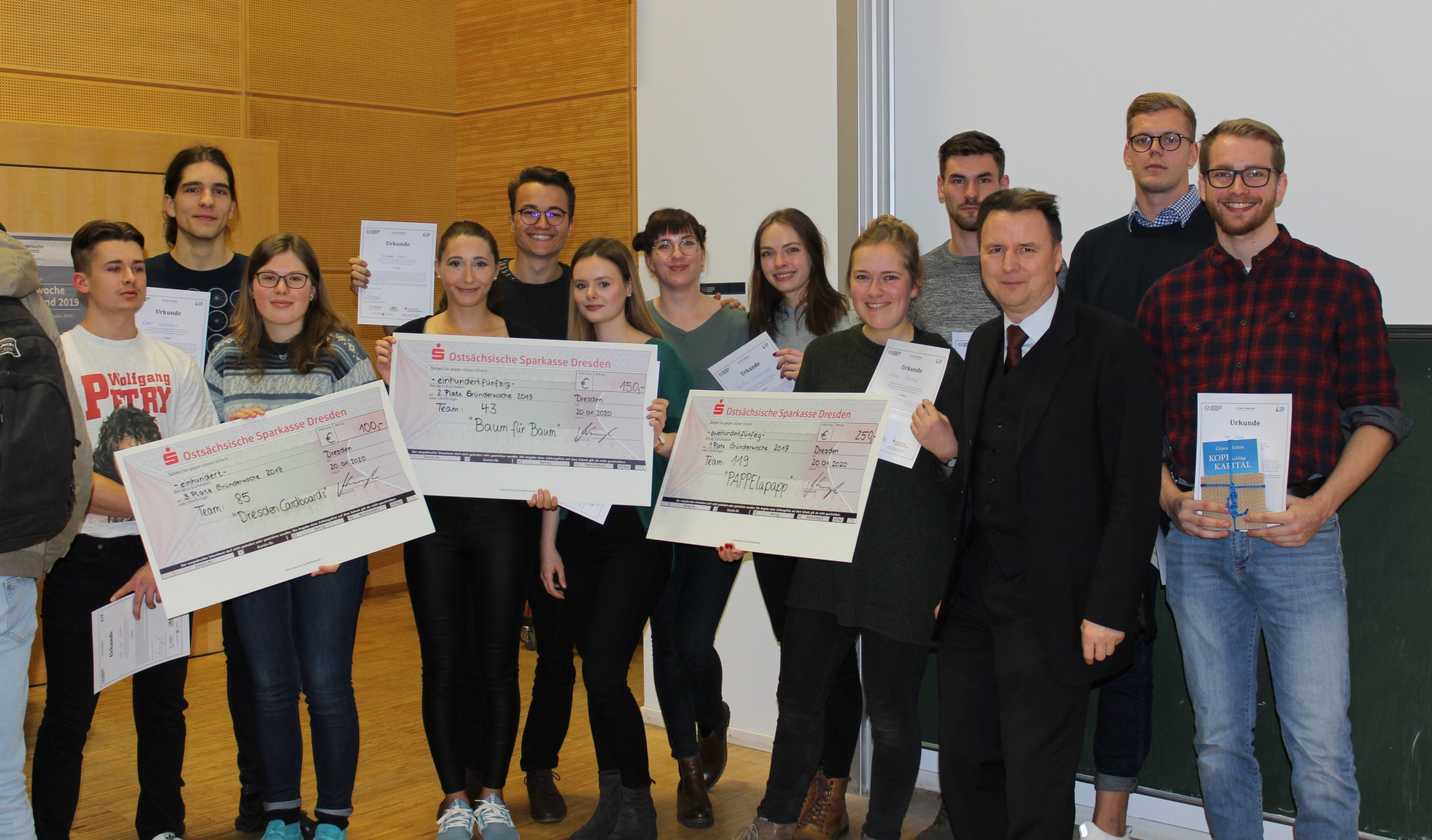 Die glücklichen Preisträger der Gründerwoche Dresden 2019